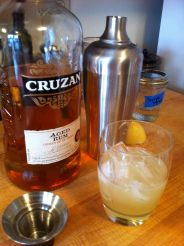 5:00 pm Happy hour! Rum sour