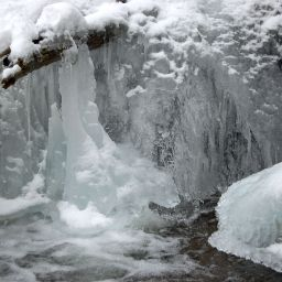 Nature as ice sculptor