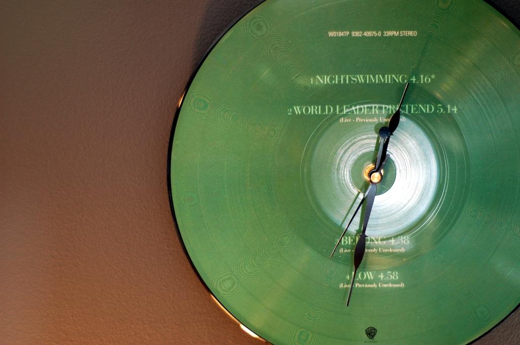 REM vinyl record clock